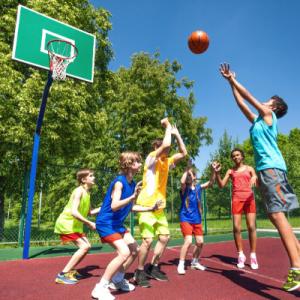 """Attività estiva per ragazzi """"english,basket, go"""" AZB"""